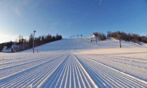 Chairlift, ski, snowboard, liftline, weekday, season pass