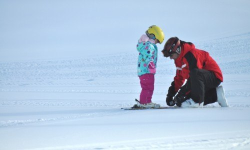 skiing, ski lessons, edmonton ski, edmonton, winter fun, embrace winter