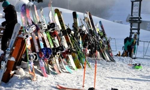 equipment rental, ski, snowboard, helmet, boots