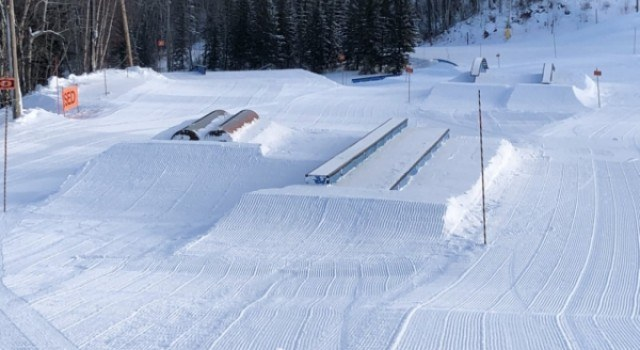 ski, snowboard, terrain park, park, rails, jumps, freestyle